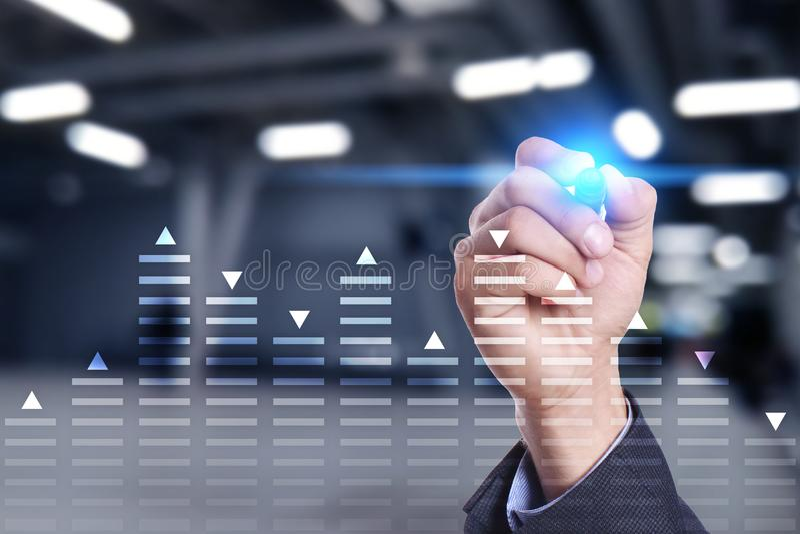 Voorraad die, het diagram van de gegevensanalyse, grafiek, grafiek op het virtuele scherm handel drijven Bedrijfs en technologiec royalty-vrije stock foto's