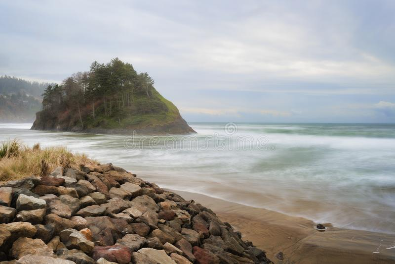Voorstelrots op de Kust van Oregon royalty-vrije stock fotografie