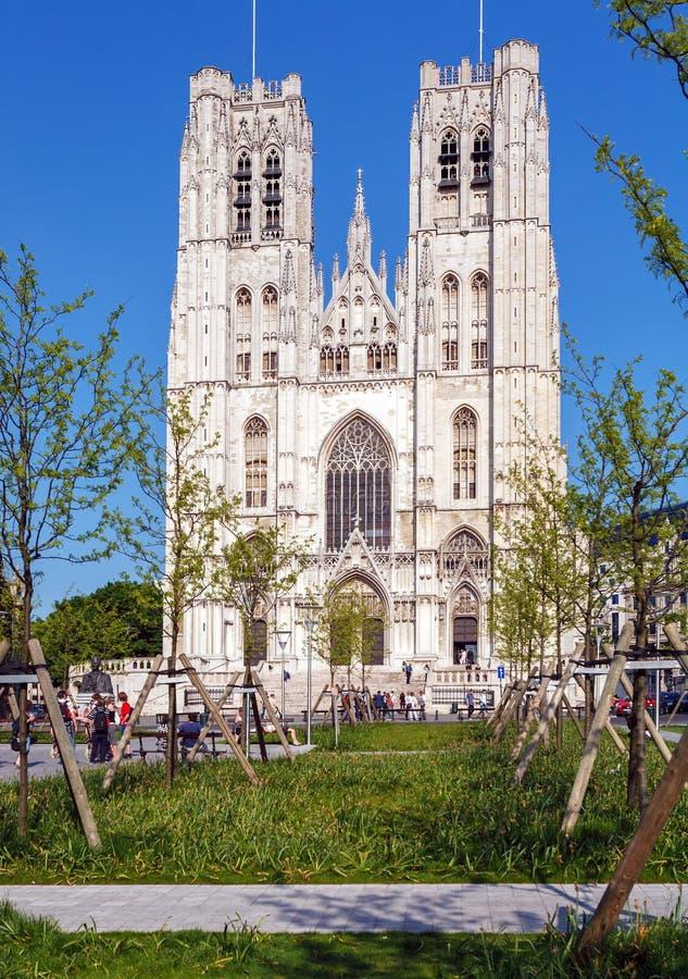 Voorzijde van Gotische Carhedral, Brussel stock fotografie