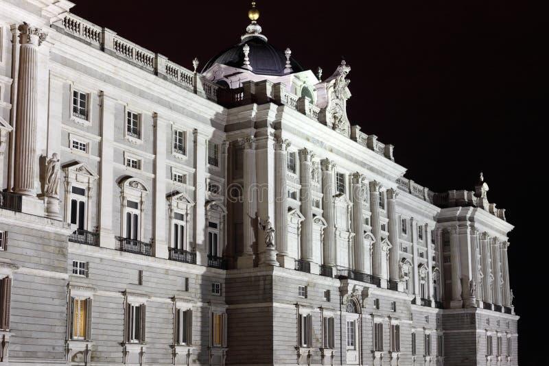 Voorzijde van grandioos en majestueus Royal Palace stock afbeelding