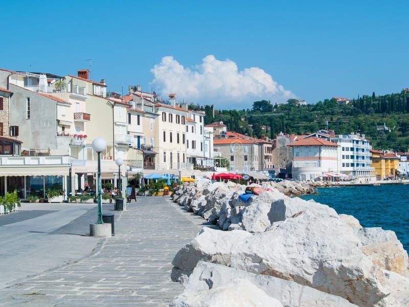 Voorzijde van het overzees, Piran, Slovenië, Europa stock fotografie
