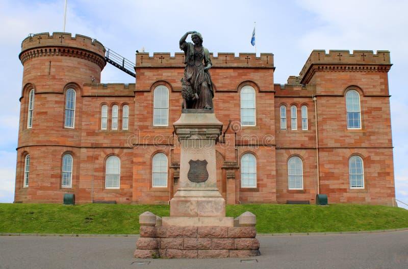 Voorzijde van historisch Schots kasteel royalty-vrije stock afbeeldingen