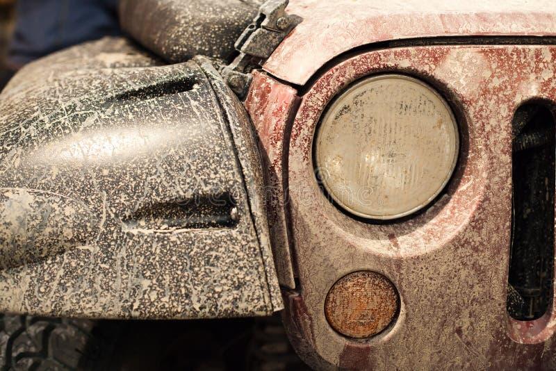 Voorzijde van populaire auto geschikt voor elk terrein royalty-vrije stock fotografie