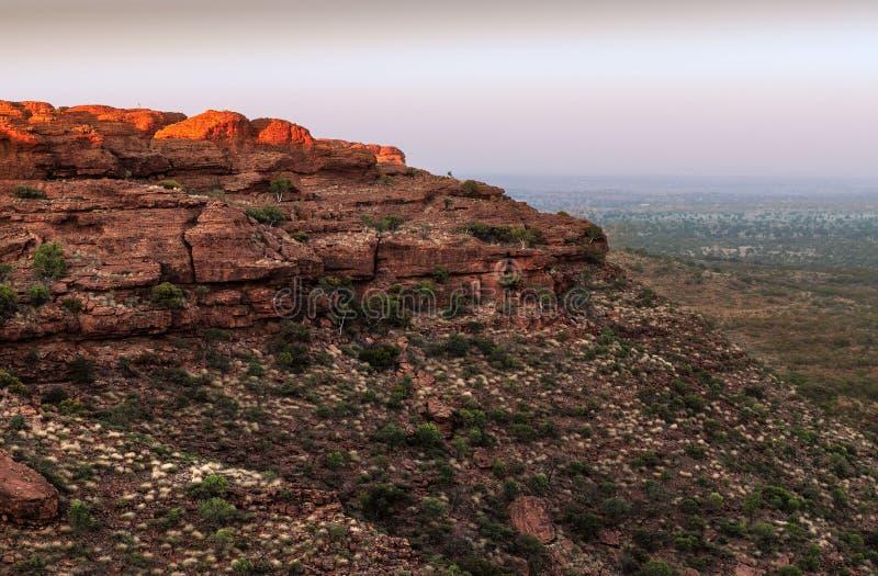 Vor-Dämmerungslicht von der Spitze von König ` s Schlucht, Australien stockfoto