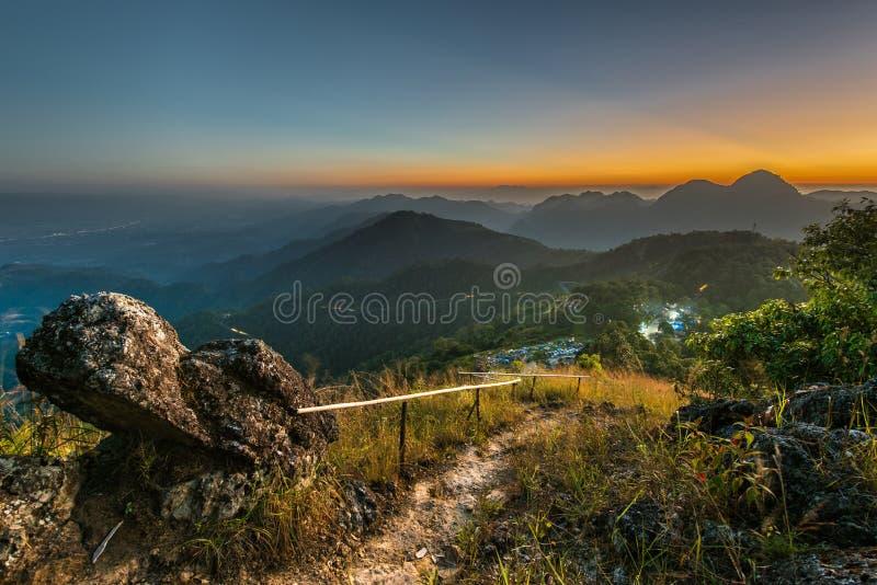 Vor Sonnenuntergang stockfotos