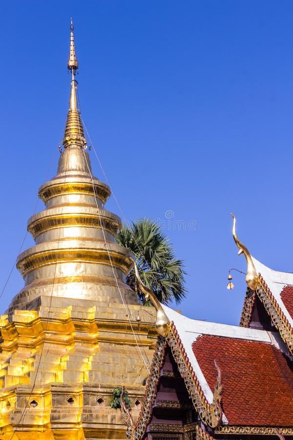 Vora de Chomthong de sri de Wat Pra That vihan, pagoda dans Chiangmai images stock