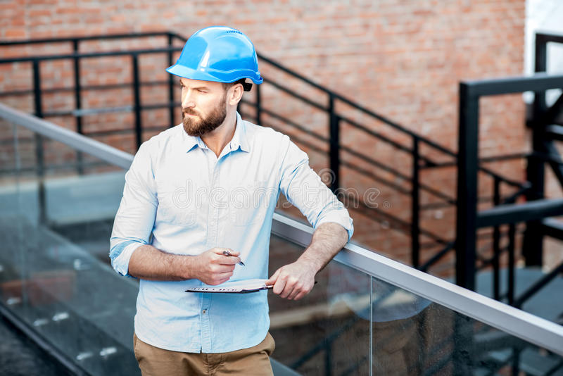 Vorarbeiter auf der Struktur lizenzfreie stockfotos