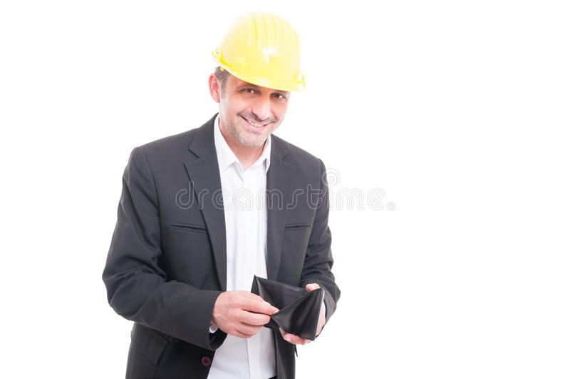 Vorarbeiter, der den gelben Hardhat überprüft seine Geldbörse trägt lizenzfreies stockbild