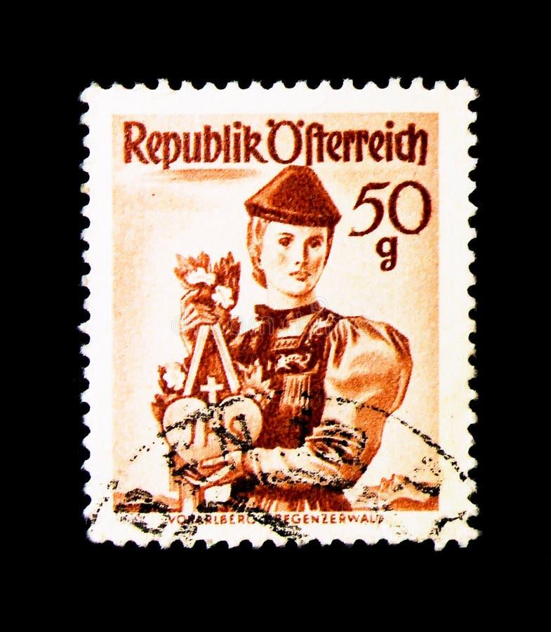 Vorarlberg Bregenzerwald, provinsiella dräkter 1948/58 serie, ci royaltyfria foton
