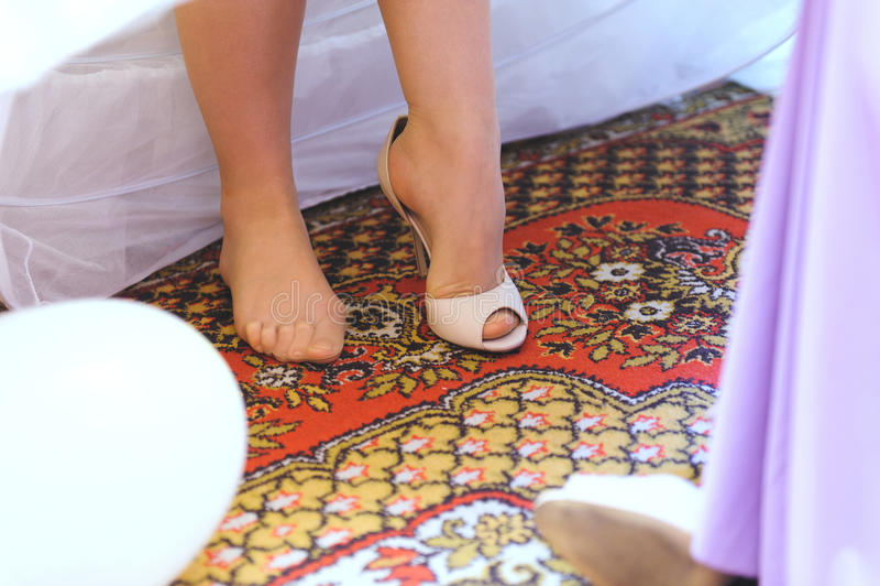 Vorbereitung der Braut lizenzfreies stockbild