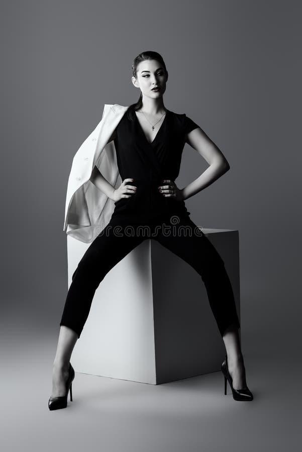 Vorbildliche Aufstellung Vogues lizenzfreies stockfoto