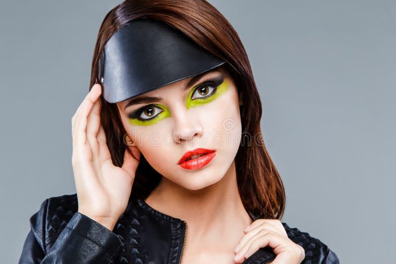 Vorbildliches Gesicht mit hellem bilden lizenzfreie stockfotografie