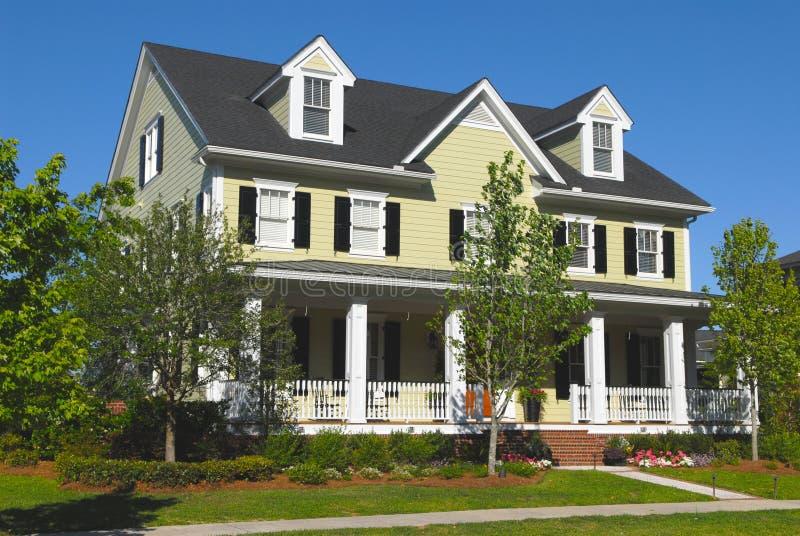 Vorbildliches Haus stockbilder