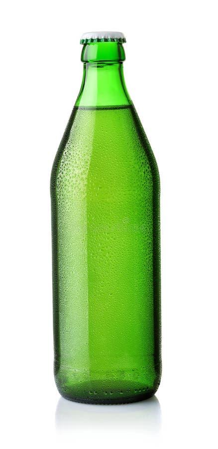 Vorderansicht des Getränks in der grünen Flasche stockfoto