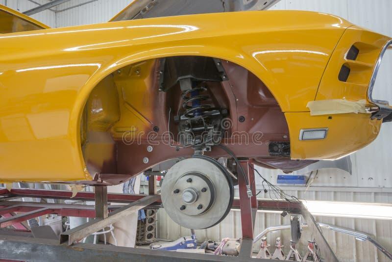 Vordere Bremse des Mustangs stockfotos
