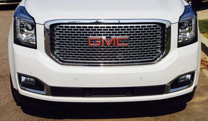 Vorderseite GMCs SUV lizenzfreies stockbild