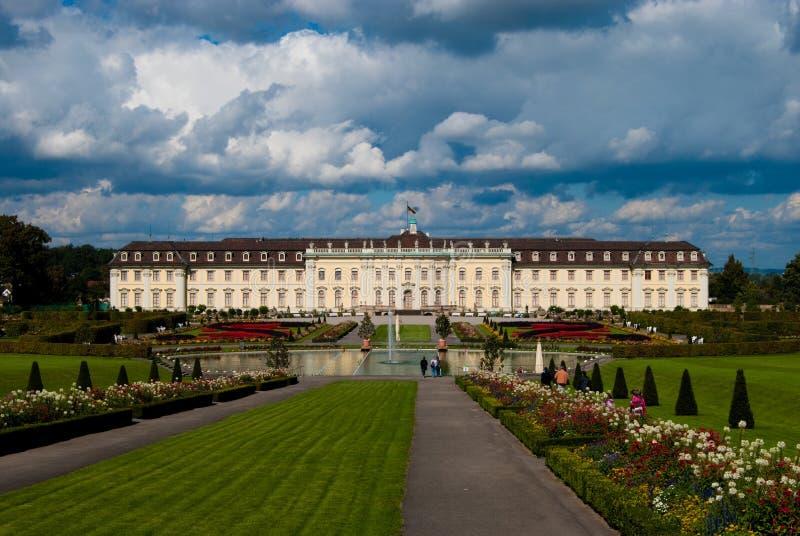 Vorgarten des königlichen Palastes, Ludwigsburg lizenzfreie stockfotografie