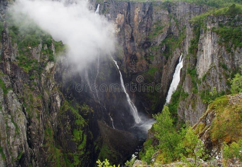 Voringfossen Wasserfall lizenzfreie stockfotografie