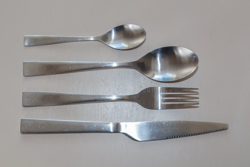 Vork, mes en lepels stock afbeeldingen