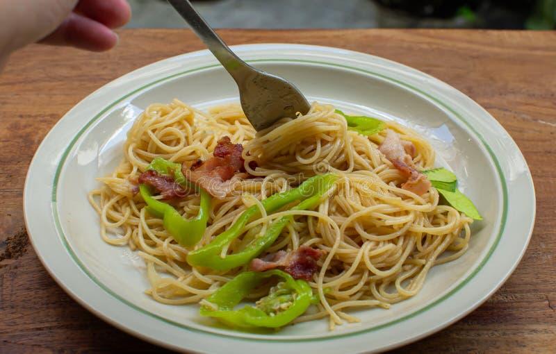 vork met spaghetti op het stock foto's