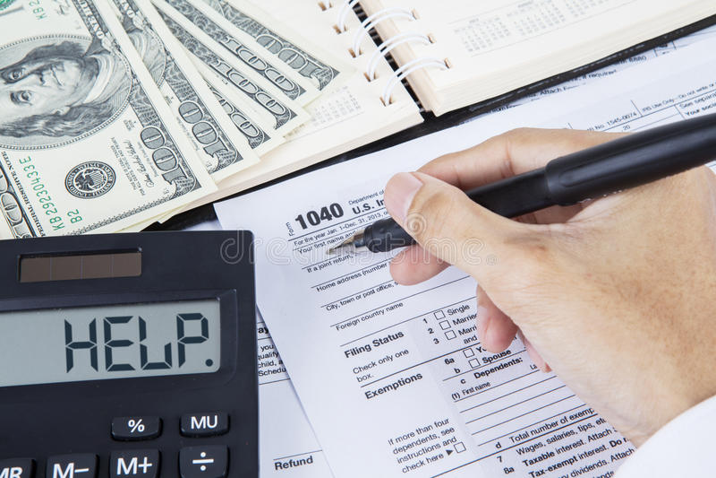 Download Vorm Van De Zakenman De Vullende Belasting Stock Afbeelding - Afbeelding bestaande uit wettelijk, individueel: 39114771