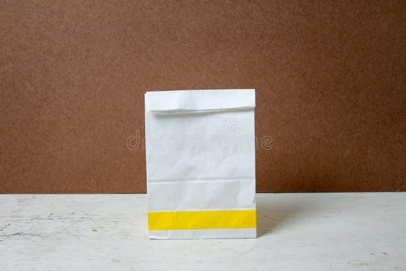 A-vorm Witboekzak Document Zakpakket voor reclame en br stock afbeelding