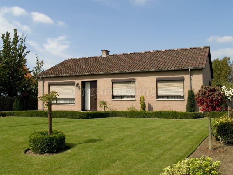 Vorstadthaus. lizenzfreies stockfoto