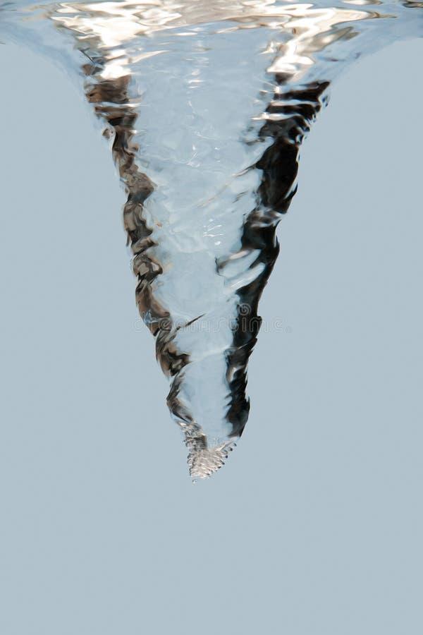 Vortice puro di turbinio dell'acqua immagine stock