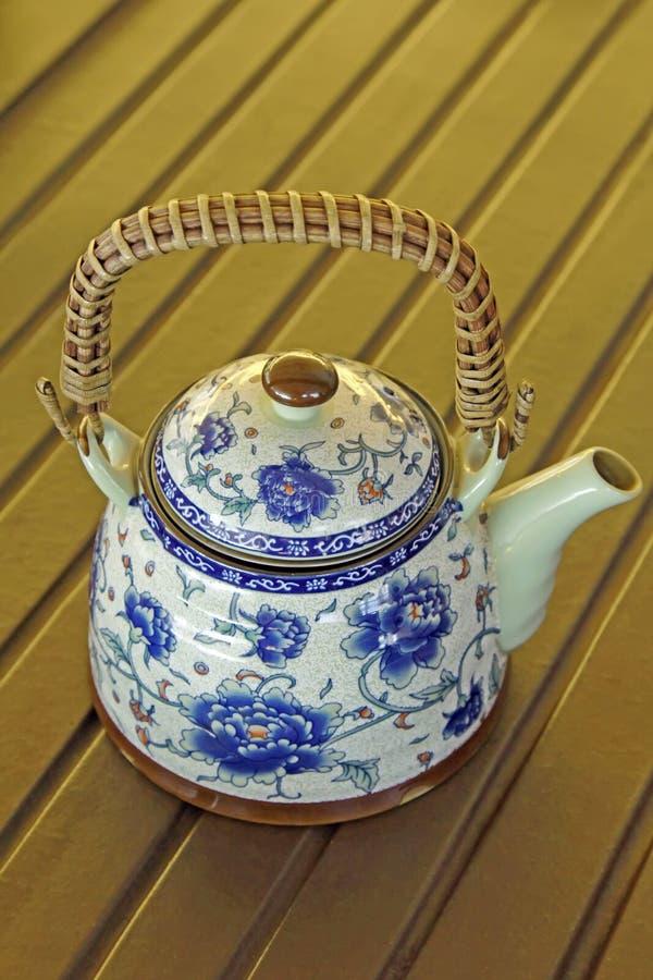 Vorzügliche Keramische Bunte Gemalte Teekanne Stockbilder