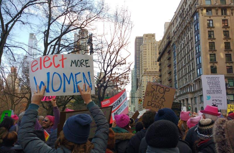 Voti per le donne, il ` la s marzo, NYC, NY, U.S.A. delle donne fotografie stock