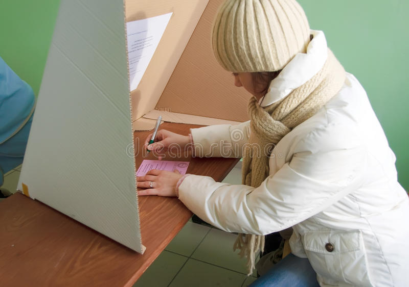 Download Voting In Second Round - Local Elections In Poland Editorial Photo - Image: 17313256