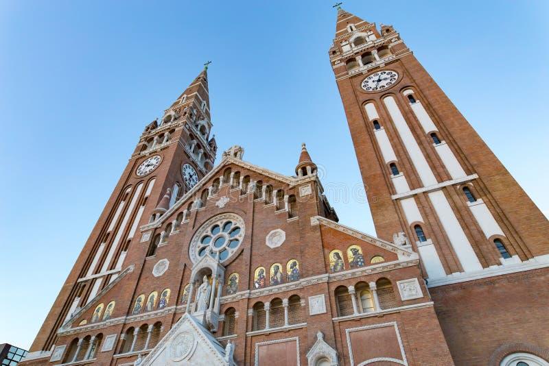 Votive εκκλησία Szeged, σύμβολο της πόλης και σημαντικότερος γύρος στοκ εικόνες με δικαίωμα ελεύθερης χρήσης