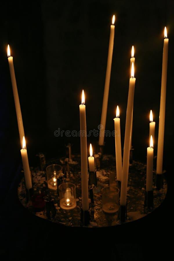 Votive kaarsen royalty-vrije stock afbeeldingen