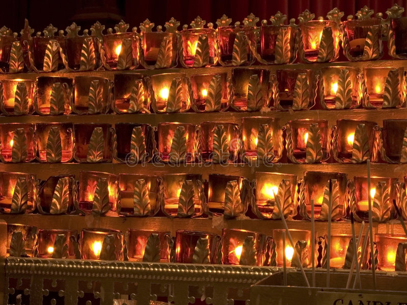Votive Kerzen Stockfotos