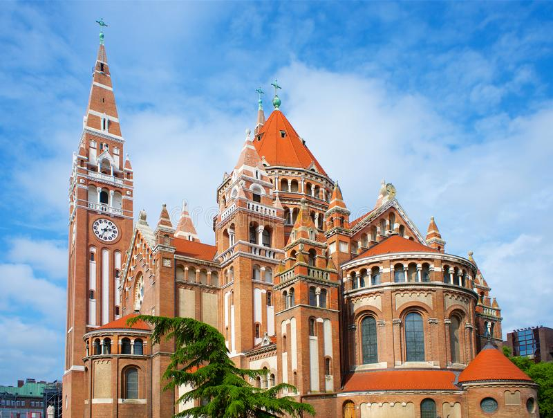 Votive kyrkliga Szeged i Ungern fotografering för bildbyråer