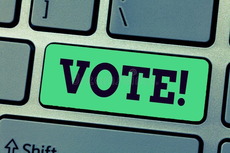 Voto da escrita do texto da escrita Conceito que significa uma escolha formal da indicação entre dois ou mais ações dos candidato fotos de stock