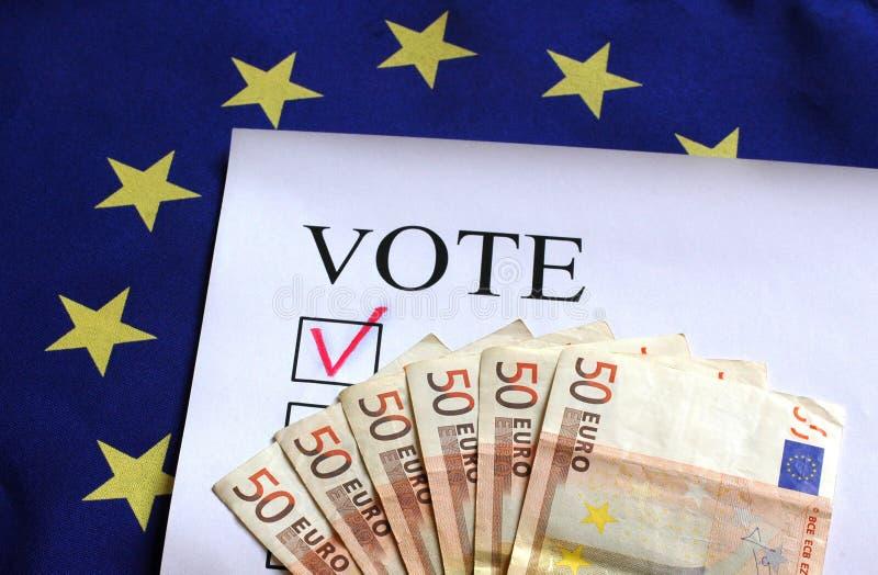 Voto para o dinheiro do euro de Europa imagem de stock