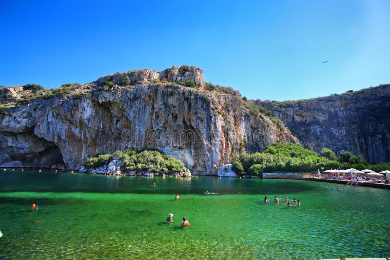 Vouliagmenis湖,在雅典附近的美丽的池塘 库存图片