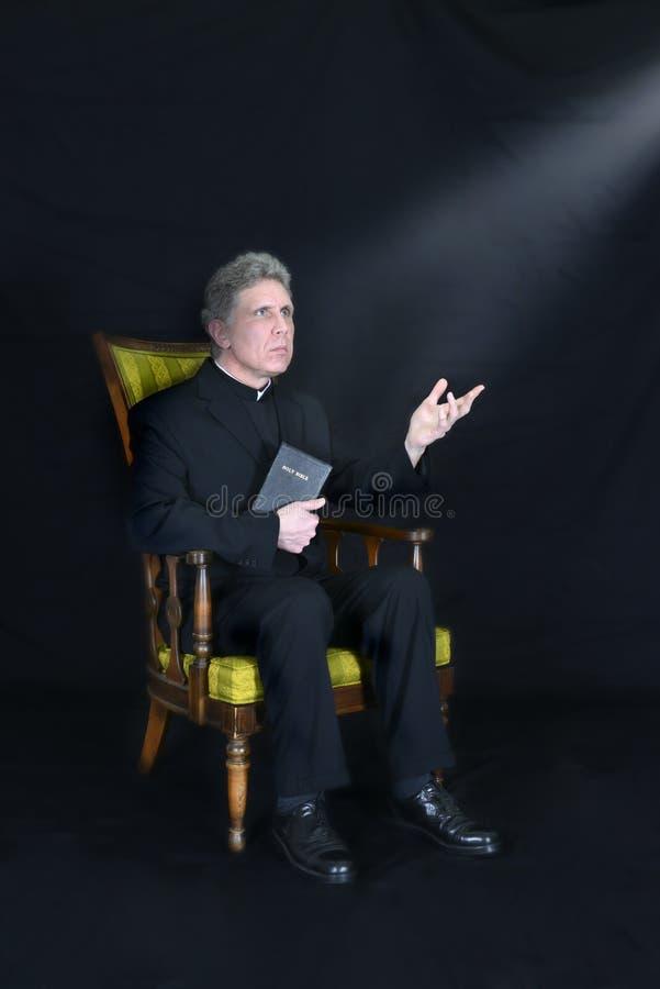 Prêtre, prédicateur, ministre, clergé, religion de pasteur images libres de droits