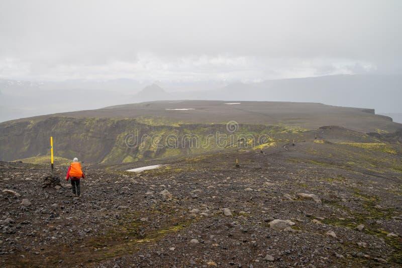 Voyage de Fimmvorduhals en Islande photo stock