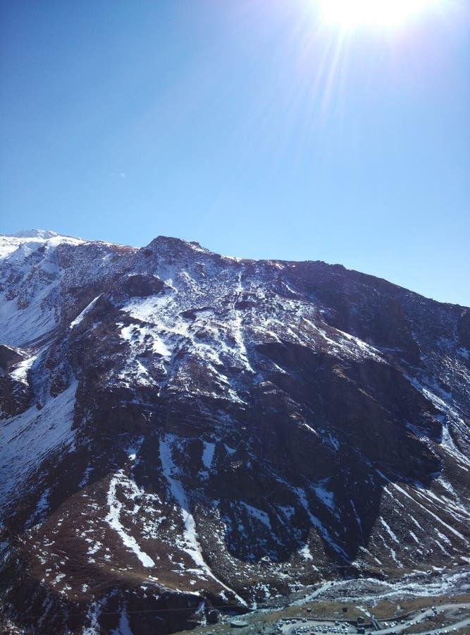 Voyage par la route de patinage de chutes de neige de montagnes de glace de Kullu Manali Shimla image stock