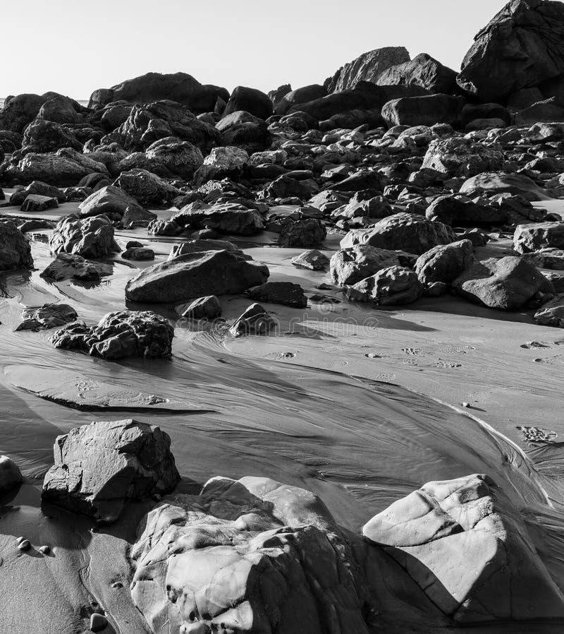 Voyage par les roches image libre de droits