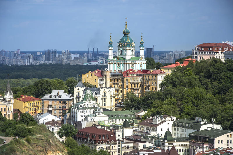 Vozdvizhenka精华区在基辅,乌克兰 在大厦屋顶的顶视图 免版税库存图片