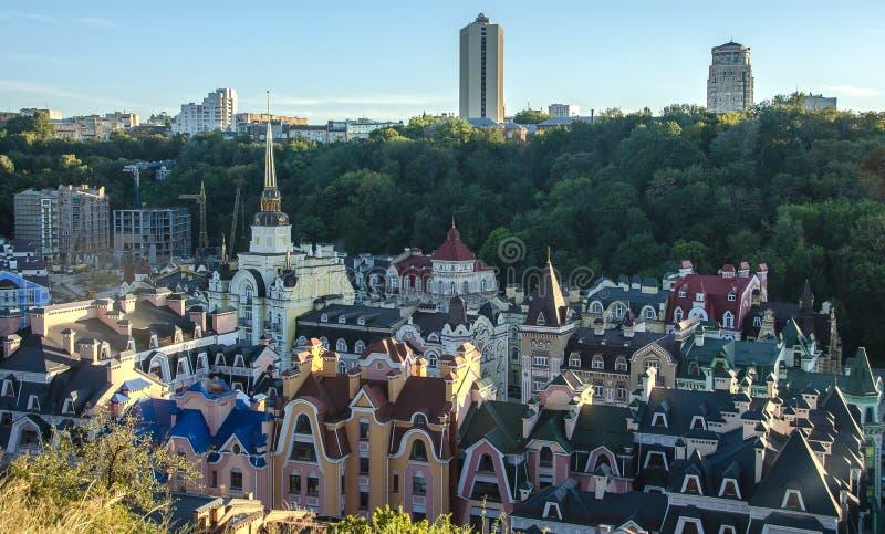 Vozdvizhenka elita okręg w Kijów, Ukraina Odgórny widok na dachach budynki zdjęcia royalty free