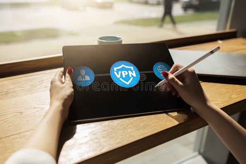 VPN Faktiskt privat nätverk Säkerhet kodad anslutning Anonymt använda för internet royaltyfria foton