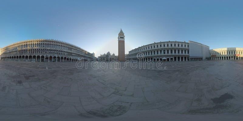 360 VR-Marktplatz San Marco mit Basilika und Glockenturm Morgenansicht, Venedig stockfotografie