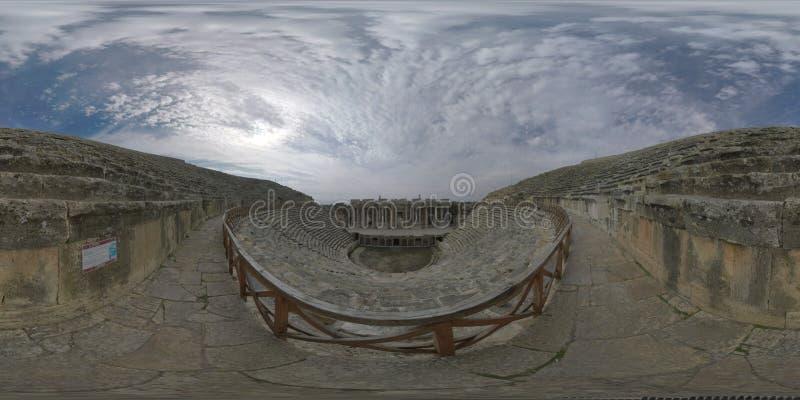 360 VR Romein amphitheatre in Hierapolis, Turkije Binnen mening stock fotografie