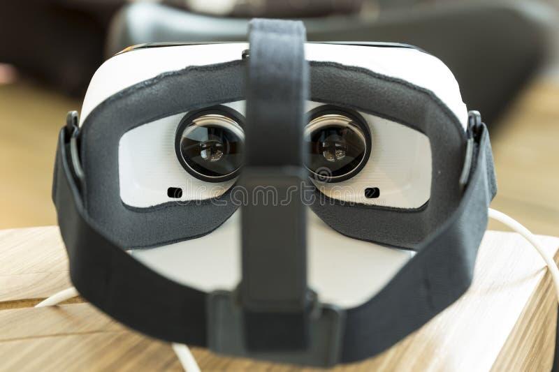 VR słuchawki, rzeczywistość wirtualna ustawiają, VR szkła obraz royalty free