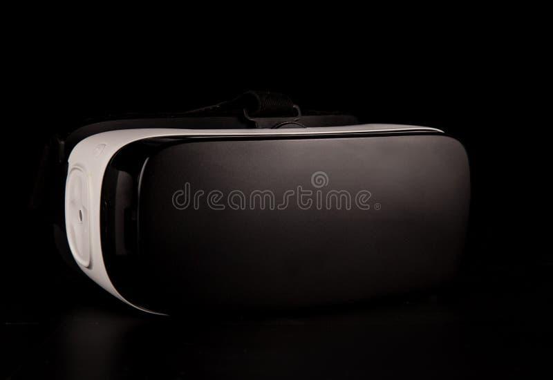 VR virtuele werkelijkheidsglazen op witte achtergrond royalty-vrije stock afbeelding