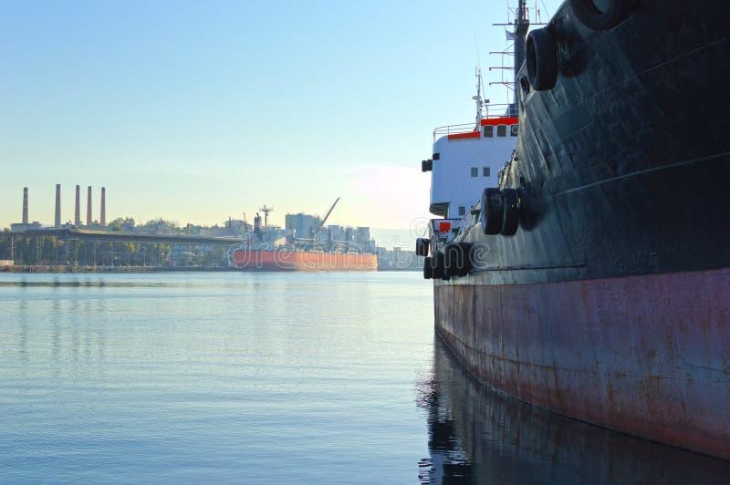 Vrachtschepen stock foto's